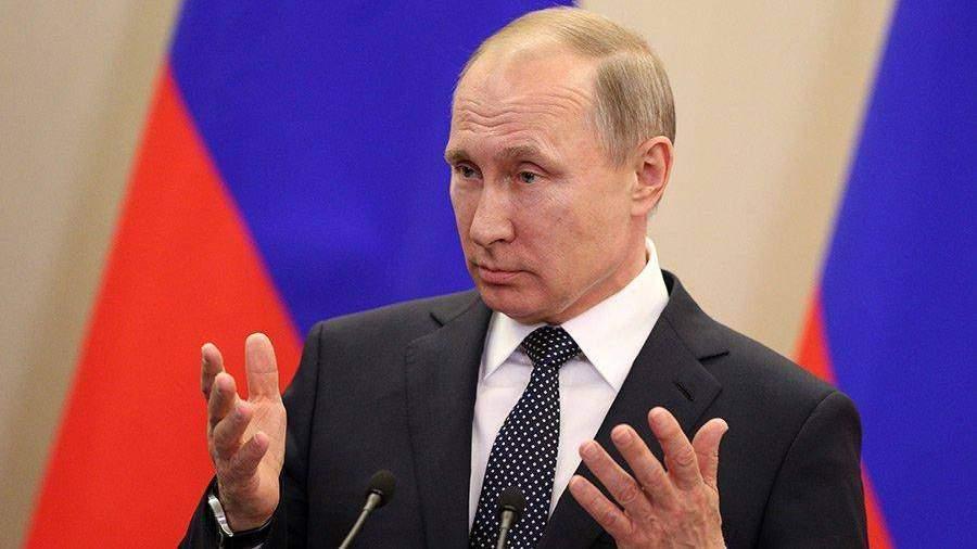 Путин думал стать летчиком, однако стал разведчиком КГБ